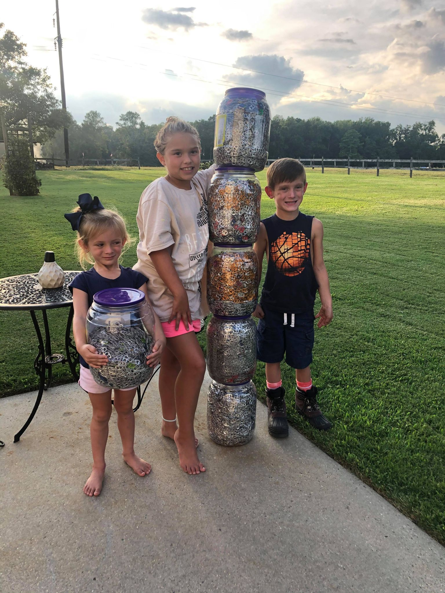Children in Elkmont collect cola tabs for our Relay Team